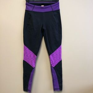 Lucy purple black leggings XS lucypower 7/8